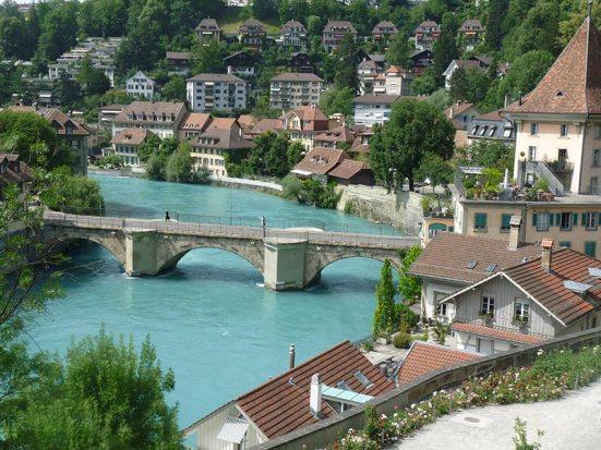 Suisse Loetitia