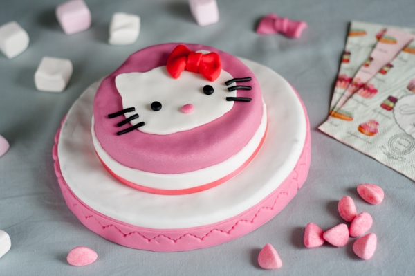 IMG_7342_Hello-Kitty-2