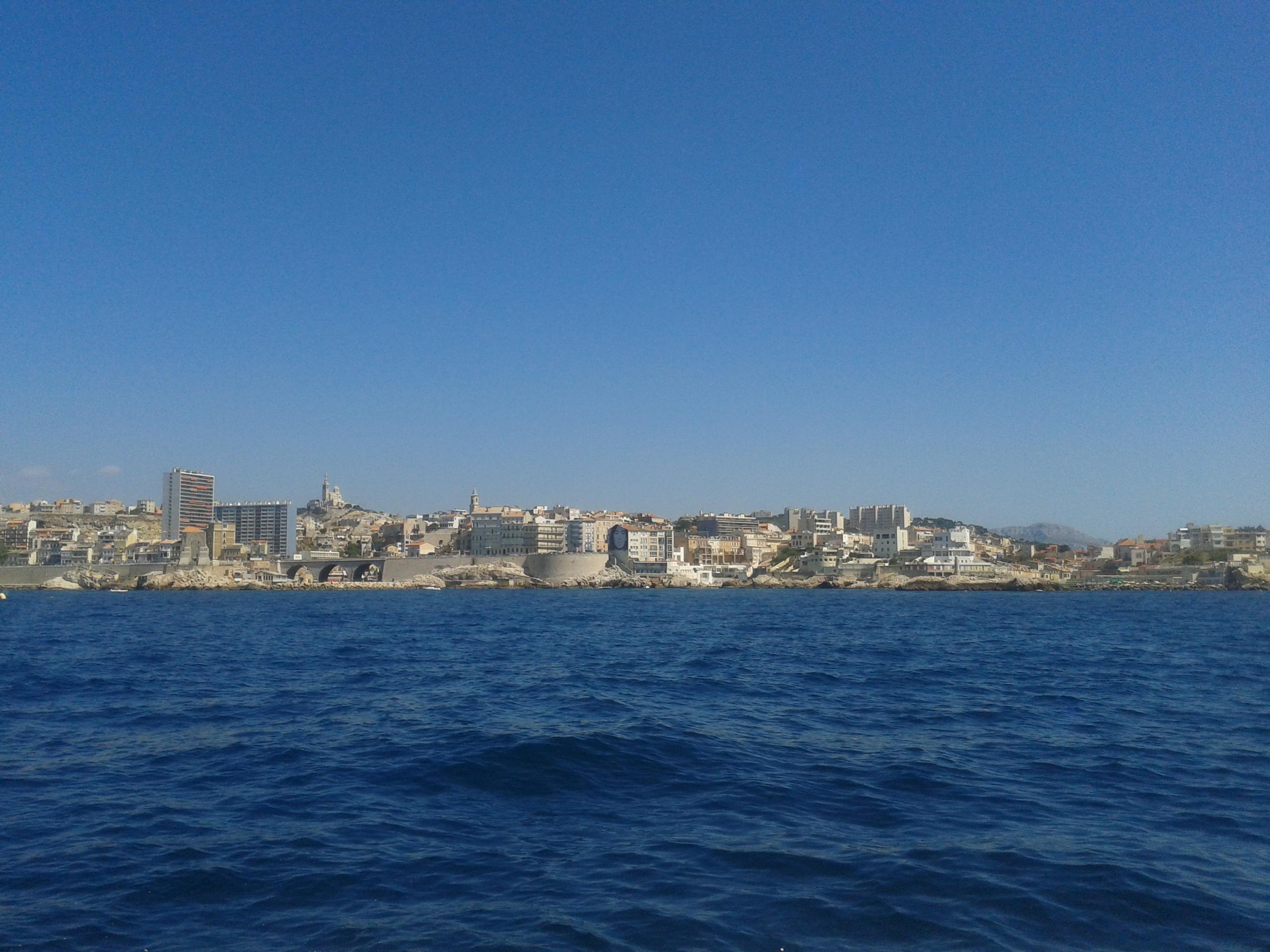 Balade en navette maritime pointe rouge vieux port - Navette vieux port pointe rouge marseille ...