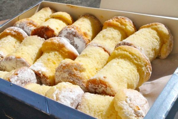 cadaques-pastry