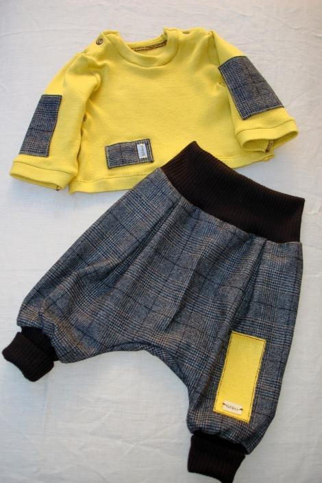 mode-bebe-pantalon-sarouel-et-pull-bebe-en-5979813-dsc05152opt-38c8c01-befe9_big