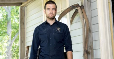 Anthony-Starr-in-Banshee-Season-2-Episode-1